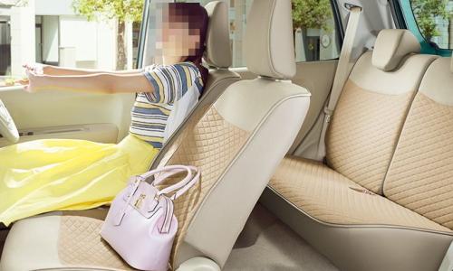 ラパンの車内空間