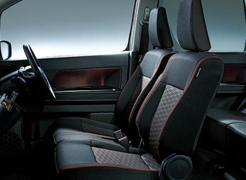 ワゴンR シート表皮・デザイン