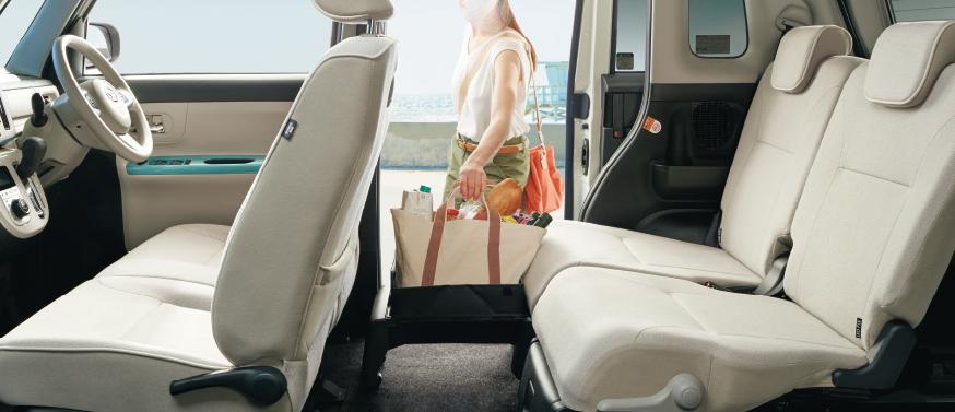 ムーヴキャンバスGメイクアップSAⅢの車内空間