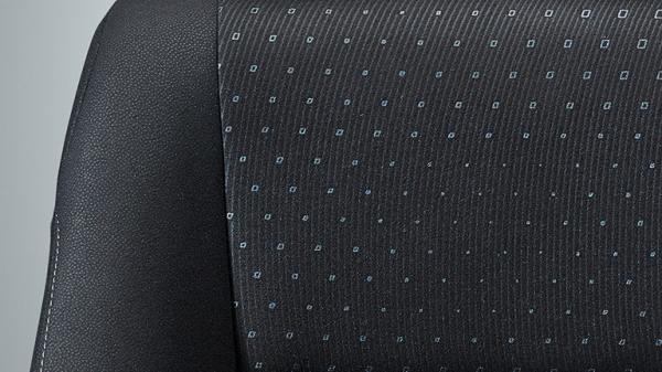 ノアGのハイグレードタイプのファブリックシート表皮