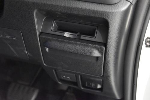 ノア運転席側のロアボックス