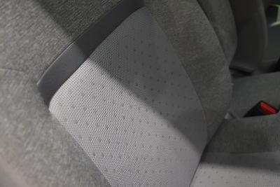 パッソXシリーズのシート背もたれ部分の質感