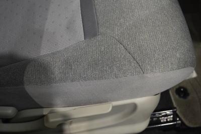 パッソXシリーズのシートクッションサイド部分の質感