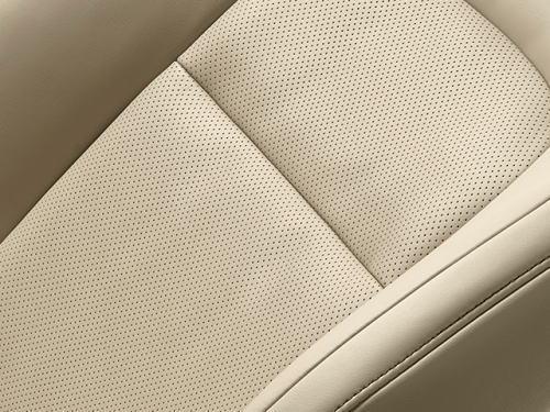ランドクルーザーZXのプレミアムナッパ&人工皮革シート表皮(ニュートラルベージュ)