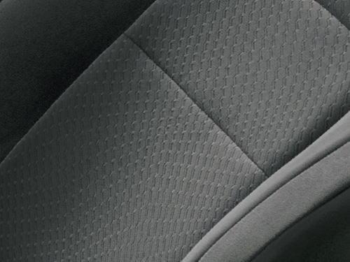 ランドクルーザーAXのミディアムグレーのシート表皮