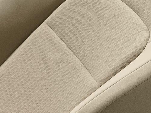 ランドクルーザーGXのニュートラルベージュのシート表皮