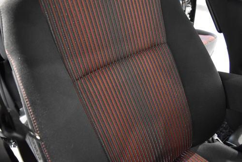 ヴォクシーZS系のシート表皮