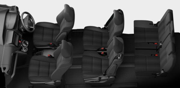 80ヴォクシー後期の内装車内