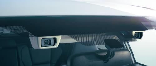 自動ブレーキは、すべてのグレードに標準装備