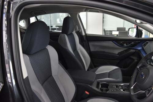 XV アドバンスのシート表皮、デザイン