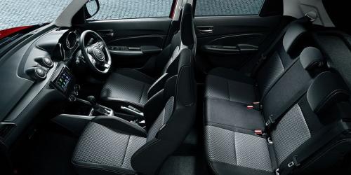 RS系の内装カラー・車内空間