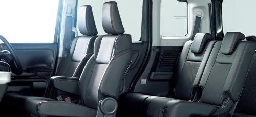 ハイブリッドXSターボ/ハイブリッドXSの車内空間