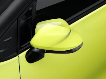 シエンタのオート電動格納式リモコンカラードドアミラー