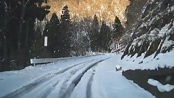 ヴェルファイア雪道走行の性能