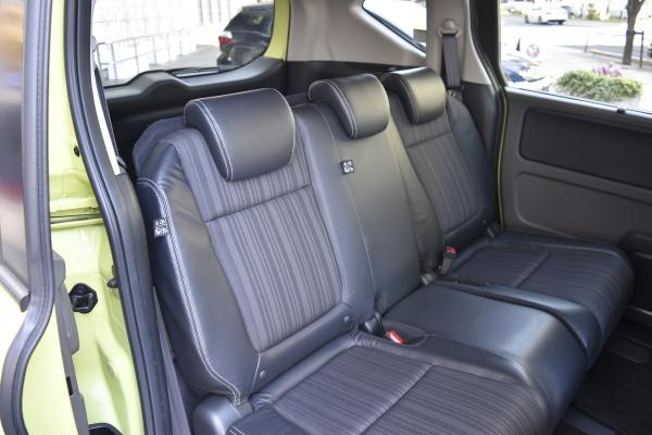 フリード+のシート表皮、デザイン