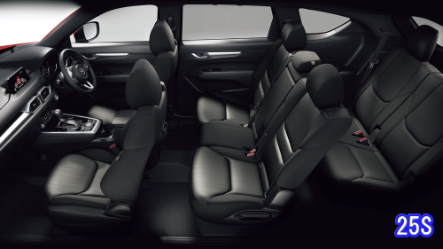 CX-8の車内空間(25S)
