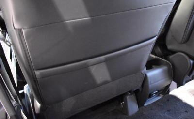 デリカD5の2列目助手席シートバックポケット
