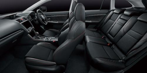 特別仕様車 STIスポーツアイサイト ブラックセレクションの車内空間