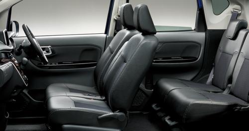 ムーヴカスタムの内装・車内空間