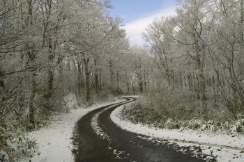 デイズは雪道の上り坂は大丈夫?