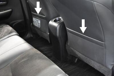 プリウスαの運転席・助手席シートバックポケット