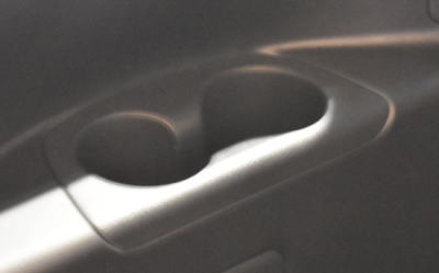 セレナの3列シートのボトルホルダー