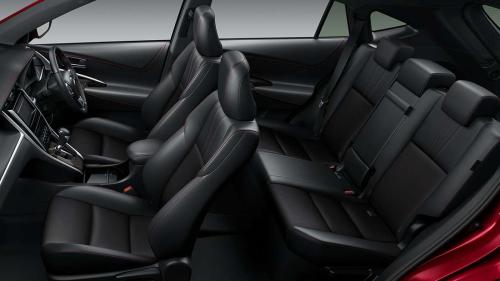ハリアーハイブリッドとガソリン車とターボの内装の違い・車内空間