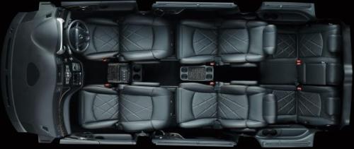 エルグランドの7人乗りのシートアレンジ・1-2列目リラックスモード