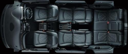 エルグランドの7人乗りのシートアレンジ・2-3列目リラックスモード