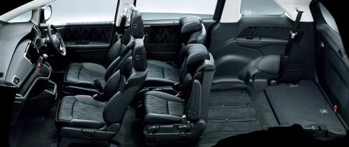 オデッセイの7人乗りのシートアレンジ・2名乗車モード+最大ラゲッジモード