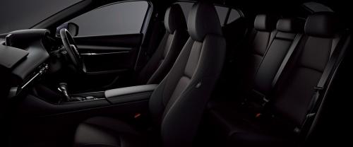 マツダ3 15Sツーリングのインテリア・車内空間
