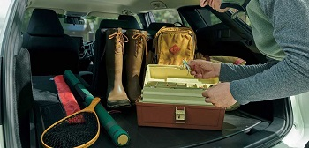 カローラツーリングの荷室